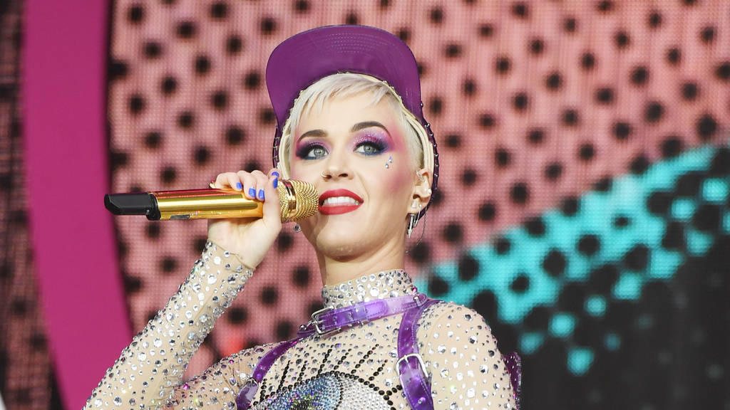 Katy Perry hostet MTV Video Music Awards 2017