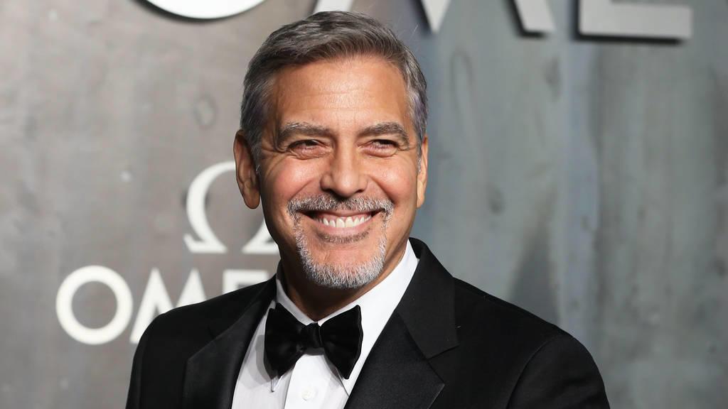 Clooney verklagt Klatschblatt wegen Fotos seiner Zwillinge