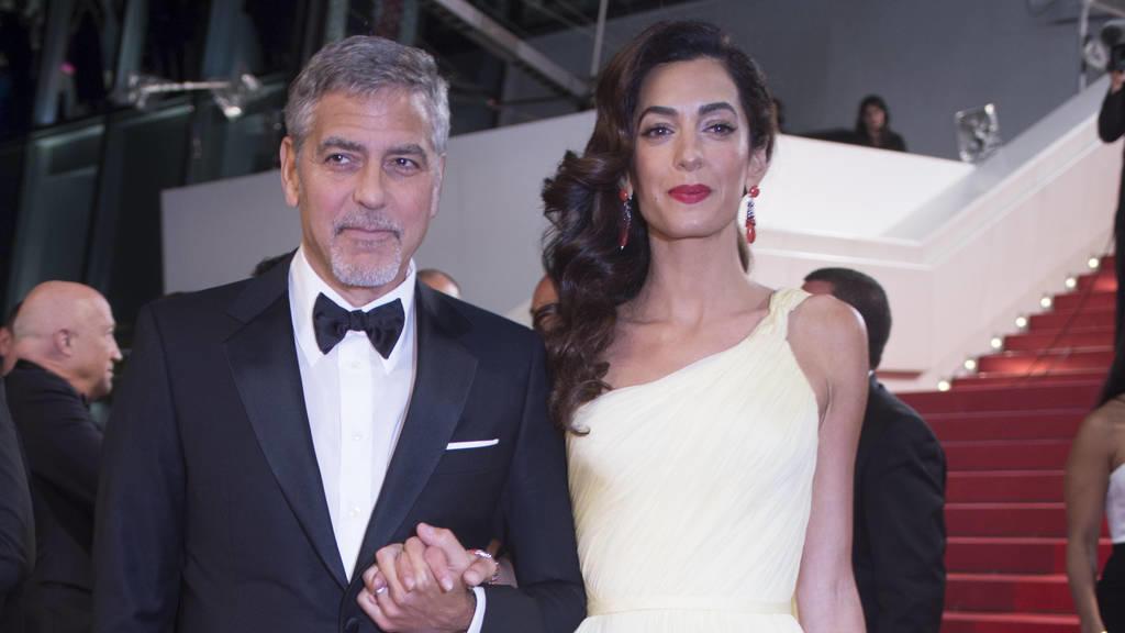 George und Amal Clooney helfen syrischen Kindern