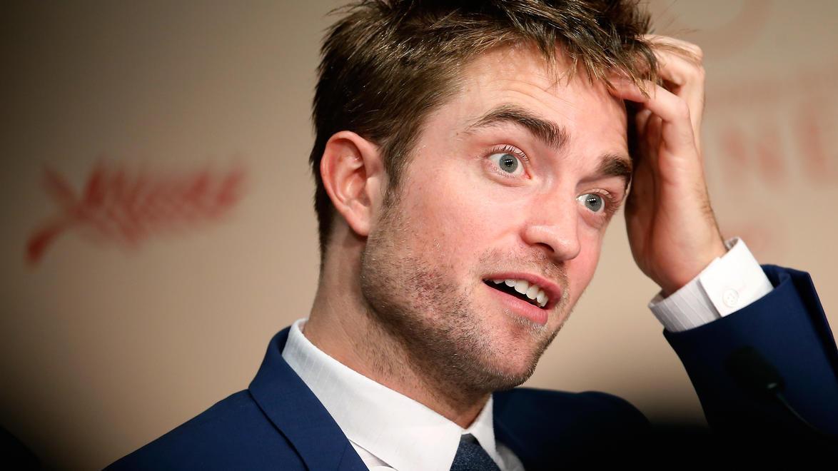 Robert Pattinson weigerte sich bei Sex-Szene mit Hund