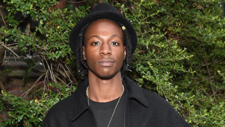 Er verweigerte Schutzbrille zur Sonnenfinsternis | Augenprobleme! Rapper sagt Konzerte ab