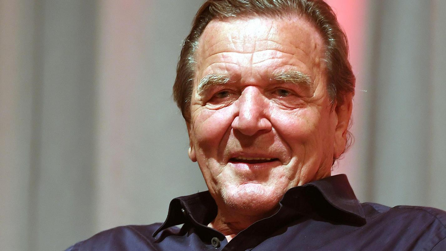 Gerhard Schröder hat laut seiner Ex-Frau eine neue Freundin