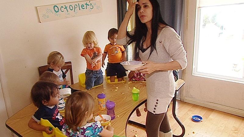 Nadya suleman ihr leben mit 14 kindern for Minimalistisch leben mit kindern