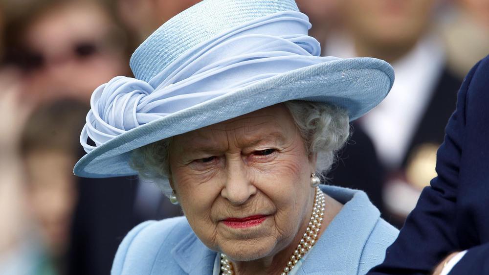 knicks co das muss man bei einer begegnung mit der queen beachten. Black Bedroom Furniture Sets. Home Design Ideas