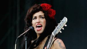 Noomi Rapace soll Amy Winehouse ver...