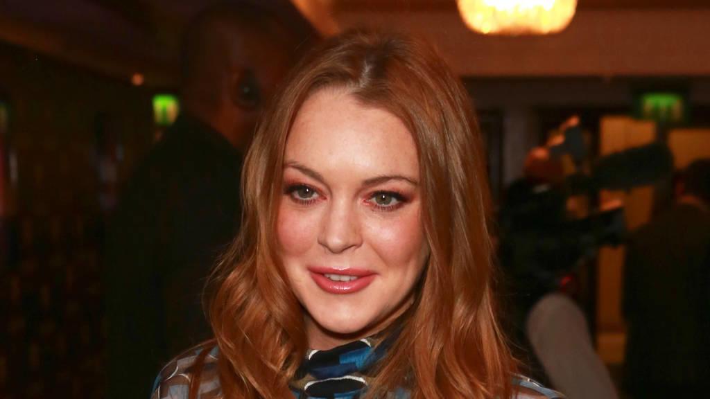 Lindsay Lohan hlt Hndchen mit Philipp Plein - Top Story
