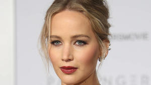 Jennifer Lawrence: Walk Of Fame-Cla...