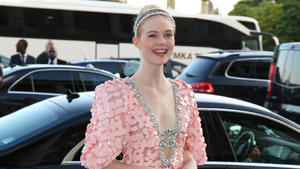 Elle Fanning: Pretty in Pink